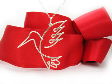 personalized name necklac Hummingbird Pendant in argentium silver wire