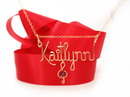 Personalized Wire Necklace in gold Kaitlyn