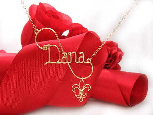 personalized wire name necklaces in silver or gold wire