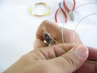 Personalized wire name jewelry making